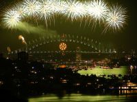 Новый год в Сиднее (фото http://ko.wikipedia.org/wiki/??:Sydney_new_years_2008-9.JPG)